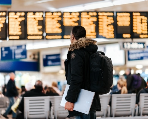 Un vistazo entre bastidores en la aduana del aeropuerto Schiphol de Ámsterdam