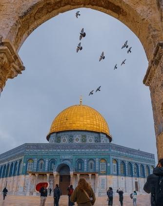 Déjese encantar por estos impresionantes lugares sagrados en todo el mundo