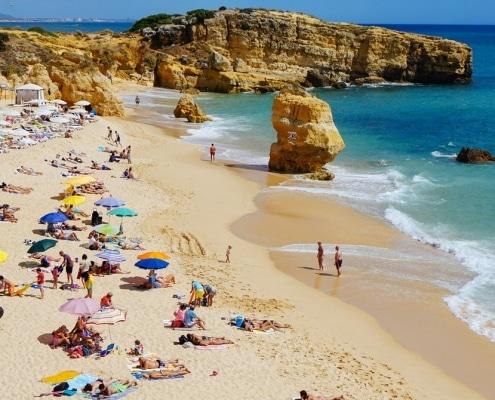 Estos son los destinos en los que usted, como hombre soltero, quiere celebrar las vacaciones este verano
